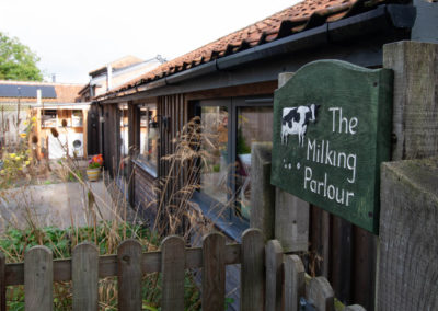 The Milking Parlour, Honing